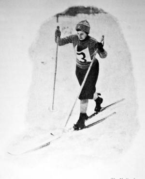 Sju kvinnor ställde upp i damernas tävling över tio kilometer med start och mål vid rådhuset, efter att de tävlande åkt mot Rannåsen och vänt.