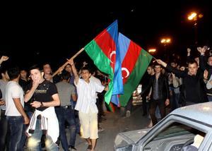 Stort firande uppstod på Bakus gator när det stod klart att Azerbajdzjan vunnit schlager-EM.