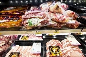 Gusten Rolandsson uppmanar oss att köpa svenskt kött.