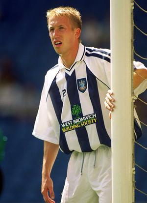 Graham Potter under sin spelarkarriär, här i West Bromwich under sent 90-tal.