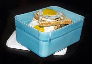 """Eggsandwiches in a Big Pack "". Lergods av Frida Hållander.Olof"