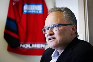 Glenn Nordlund (S) vill ha en bred politisk majoritet när kommunfullmäktige ska besluta om framtida stöd till Modo Hockey.