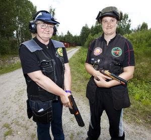 Ann-Britt Eriksson och Veronica Eriksson, mor och dotter, deltar i tävlingarna.