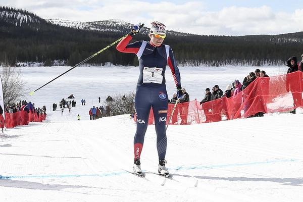 En sliten fjolårsvinnare, Ida Ingemarsdotter, Åsarna IK, slutade fyra, bästa härjedaling.
