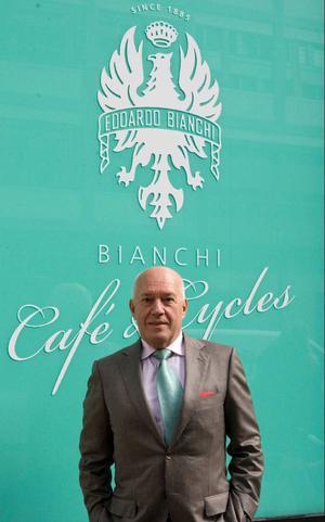 Salvatore Grimaldi är kanske den mest framgångsrike entreprenören bland efterkrigstidens invandrare. Han är Europas cykelkung efter att ha förvärvat bland annat det italienska cykelmärket Bianci, franska Gitane samt brittiska Raleigh, vilka ingår i hans företag Cycleuropa.