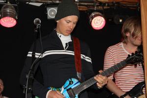 André Myhrer rockade loss med sitt band Segertåget på After Ski.
