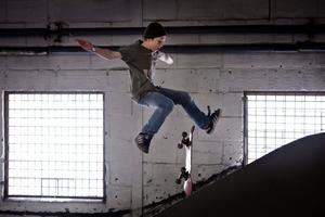 Daniel Axelsson, 12 år, från Örebro, kom trea i juniorklassen i skateboardtävlingen Naked ape i Örebro.