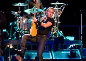 Biljetterna till Bruce Springsteens sommarpelningar sålde slut på bara ett par timmar när de släpptes i januari.