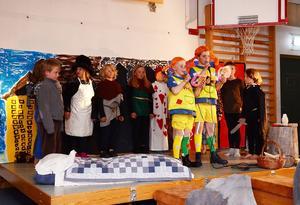 De tretton eleverna bjöd på en show tillägnad Astrid Lindgren.