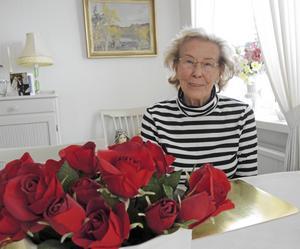 Damfrisörkan Karin Myhrberg, Falun, fyller 90 år den 26 maj. Hennes förhoppning är att även i år komma ut på golfbanan för att kanske ännu en gång slå ett hole-in-one.