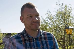 Daniel Svensson mådde aldrig särskilt dåligt i samband med att Estonia förliste. Det tog flera år innan han förstod att något gick sönder i samband med färjekatastrofen.