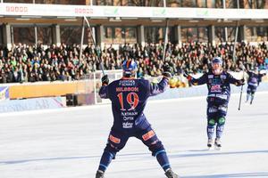 Patrik Nilsson gjorde målet till 3–1, Daniel Berlin passade – och båda jublade med det tidiga greppet kopplat på Zinken.