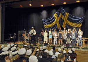 Från aulan vid Wijkmanska, Hahrska, Widenska, Tranellska och Fimanska avslutningen