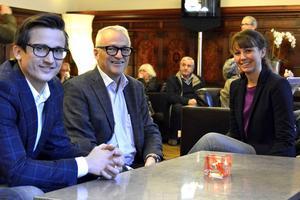 Nöjd NP3-trio: från vänster vd Andreas Nelvig, ordförande Rickard Backlund och ekonomichefen Linda Ekman. Bilden togs på Knaust i slutet av november när bolaget höll informationsmöte om sin satsning på Stockholmsbörsen.