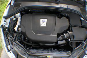 Det är inte precis någon undermotoriserad klenvariant: med 175 hk är XC60 DRIVe riktigt rapp.