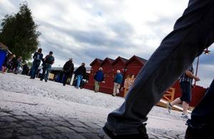Socialnämnden tvingas backa på sitt krav om dubbelt så många ordningsvakter på krogstråket, det efter att sex restauranger överklagat riktlinjerna om att ha fyra vakter tillgängliga vid varje krog efter klockan 19.00.Foto: Håkan Luthman