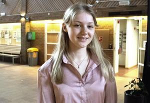 Mira Kagre går tekniska programmet på Lugnetgymnasiet. Hon har gjort sitt gymnasiearbete om magnetiska energisystem.