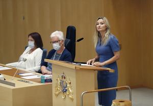 Kristdemokraternas partiledare Ebba Busch (KD) menade att regeringen och dess stödpartier utgör en