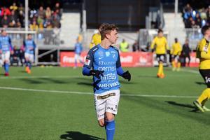 Adam Eriksson har hittat tillbaka till elitfotbollen – efter några år i division 1-klubbarna Utsikten och Karlskrona.