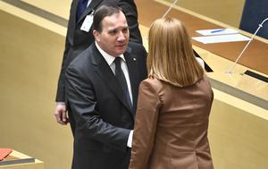 Statsminister Stefan Löfven (S) och Annie Lööf (C) under onsdagens partiledardebatt. Foto: Claudio Bresciani/TT