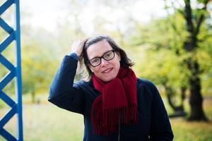 Författaren Lena Andersson menaar att huvudfåran i världen idag går mot ökad frihetFoto: Fanni Olin Dahl / TT /