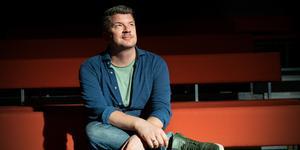 Mats Strandbergs bokserie om Monstret Frank sätts i dagarna upp på Junibacken i Stockholm. FP träffade honom på 4:e Teatern i Västerås för att prata om premiären, inspirationen och vad han har för projekt på gång.