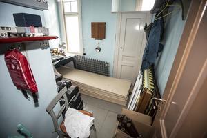 Det här rummet ska bli tvättstuga, det var förmodligen kökspersonalens bostad.