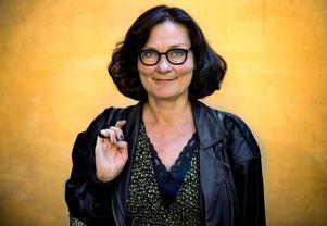 Ebba Witt-Brattstöm, stridbar debattör och litteraturprofessor vid Helsingfors universitet.
