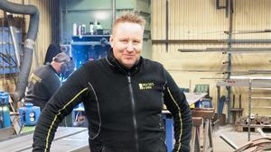 Leif Nilsén driver flera företag, bland annat Garageportexperten i Dalarna. Foto: Norkay