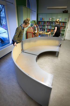 Lisa Marie Bengtsson och Sofia Öberg började med att observera hur barnen använde biblioteket, före förändringen.