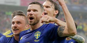 Marcus Berg blev stor kvalhjälte när han gjorde ett mål och spelade fram till ett i Sveriges segermatch mot Rumänien.