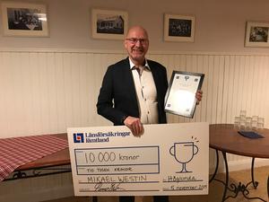 Mikael Westin prisades för sina insatser inom ungdomsidrotten i Ragunda kommun. Foto: Länsförsäkringar Jämtland