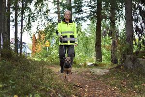 Gudrun Jonsson Glans och Nilas ingår i Missing People Dalarna. Ju mer sällan de får uppdrag, desto bättre, tycker de.