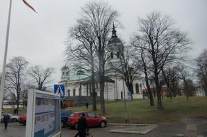 Domkyrkan sedd från församlingsgården