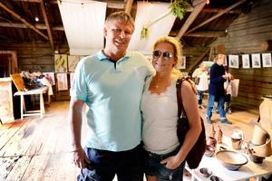 Kjell och Malin Westermark från Sundsvall hade planerat flera stopp på sin runda för att titta på lokal konst.
