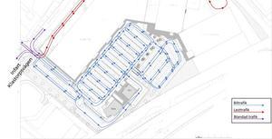 Illustrationen visar hur trafiken är tänkt att flyta när ett extra svängfält byggts för bilar som ska ut från handelsplatsen.