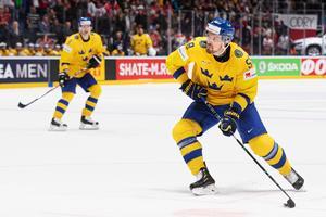 Lander i Tre Kronor-tröjan. Bild: Joel Marklund/Bildbyrån