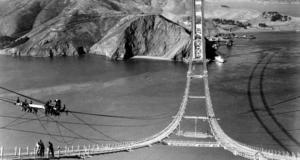 Broarbetet påbörjas, år 1935.