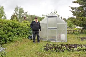 Odling, både ute och i växthus, är en självklar aktivitet i koloniområdet.