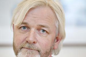 Mikael Andersson, chef för produktenheten rör inom SMT.
