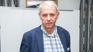 Magnus Bohman (L) vill att även pensionärsföreningar ska kunna få kommunala bidrag. Men beslutet om att ändra reglerna kommer att dröja till i mars.