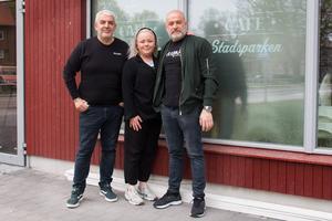 George Mourad, Ida Wilhelmsson och Imad Mourad ser fram emot att om några veckor kunna öppna Nya Café Stadsparken.