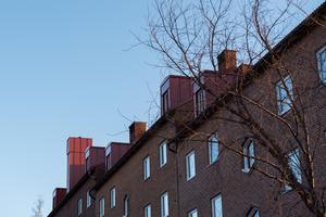 I vindsutrymmet på Andra Långgatan 29 har Övikshem byggt 16 ettor för studenter med inflyttning om några veckor.