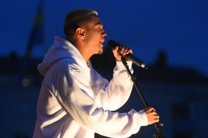 """Fredagen av Laxfestivalen fick besök av förra årets idolvinnaren Liam """"Liamoo"""" Cacatian."""