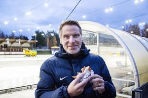 Andreas Westh var på plats för att se sonen Oskar spela med Sveriges U 21-landslag.