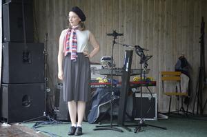 Modevisning från Nora diversehandel.