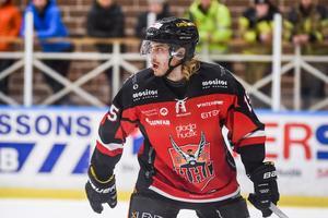 Adam Seydlitz lider fortfarande av sviterna efter smällen mot Piteå i playoff 2 förra säsongen.