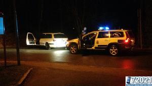 En bil stoppades av polisen på Släggargatan natten till söndag.