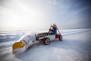 Plogning av isen på Storsjön inför Speed weekend 2018.