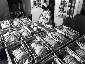 Att födas som människa innebär att automatiskt ha ett okränkbart människovärde.